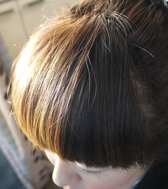 ラサーナ ヘアエッセンス ツヤツヤ 前髪1jpg